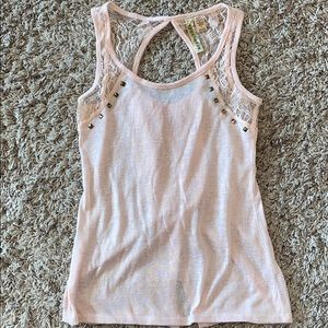 Eyeshadow tank top with cute back!!!